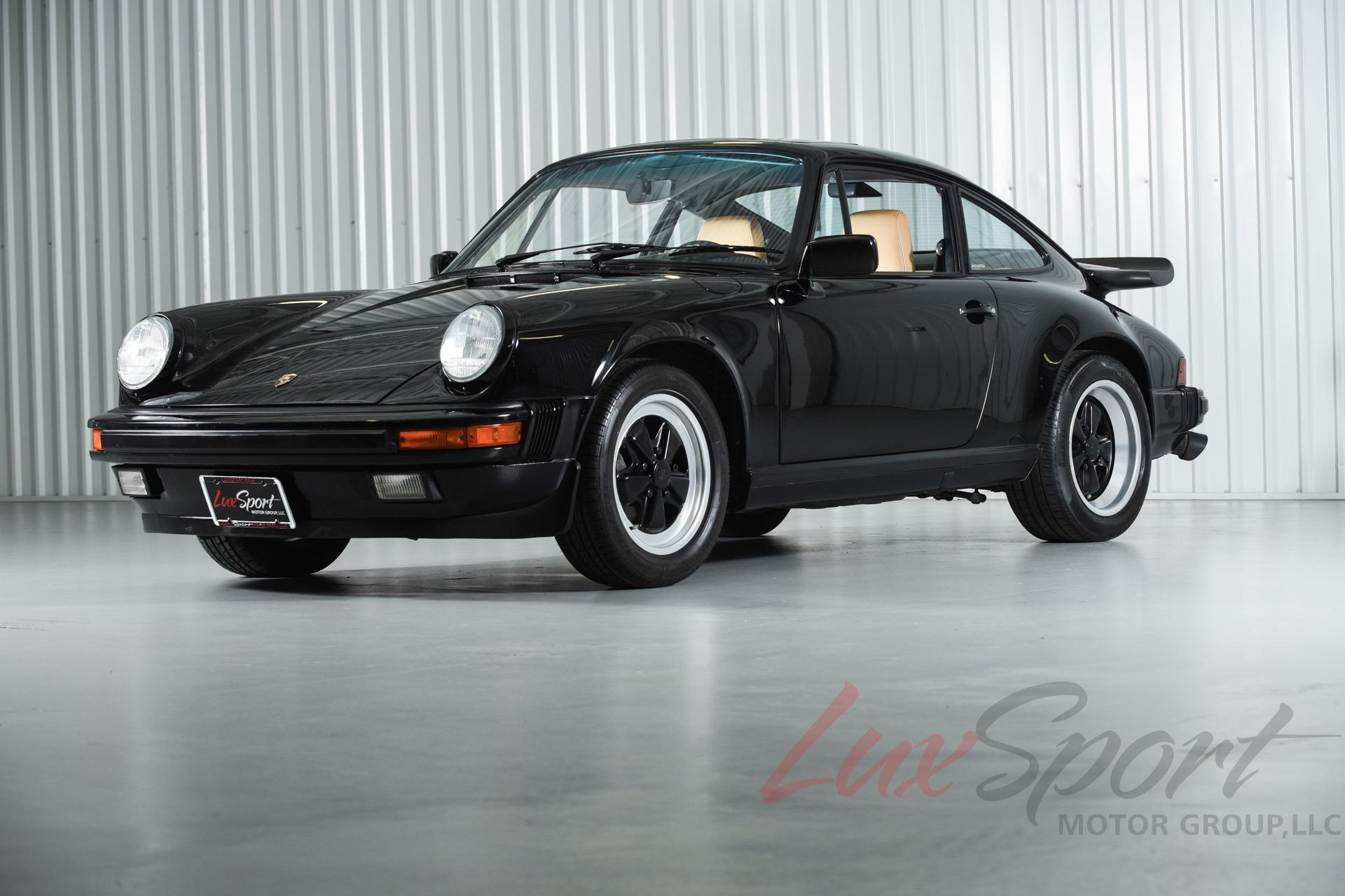 Used 1989 Porsche 911 Carrera Coupe Carrera | New Hyde Park, NY