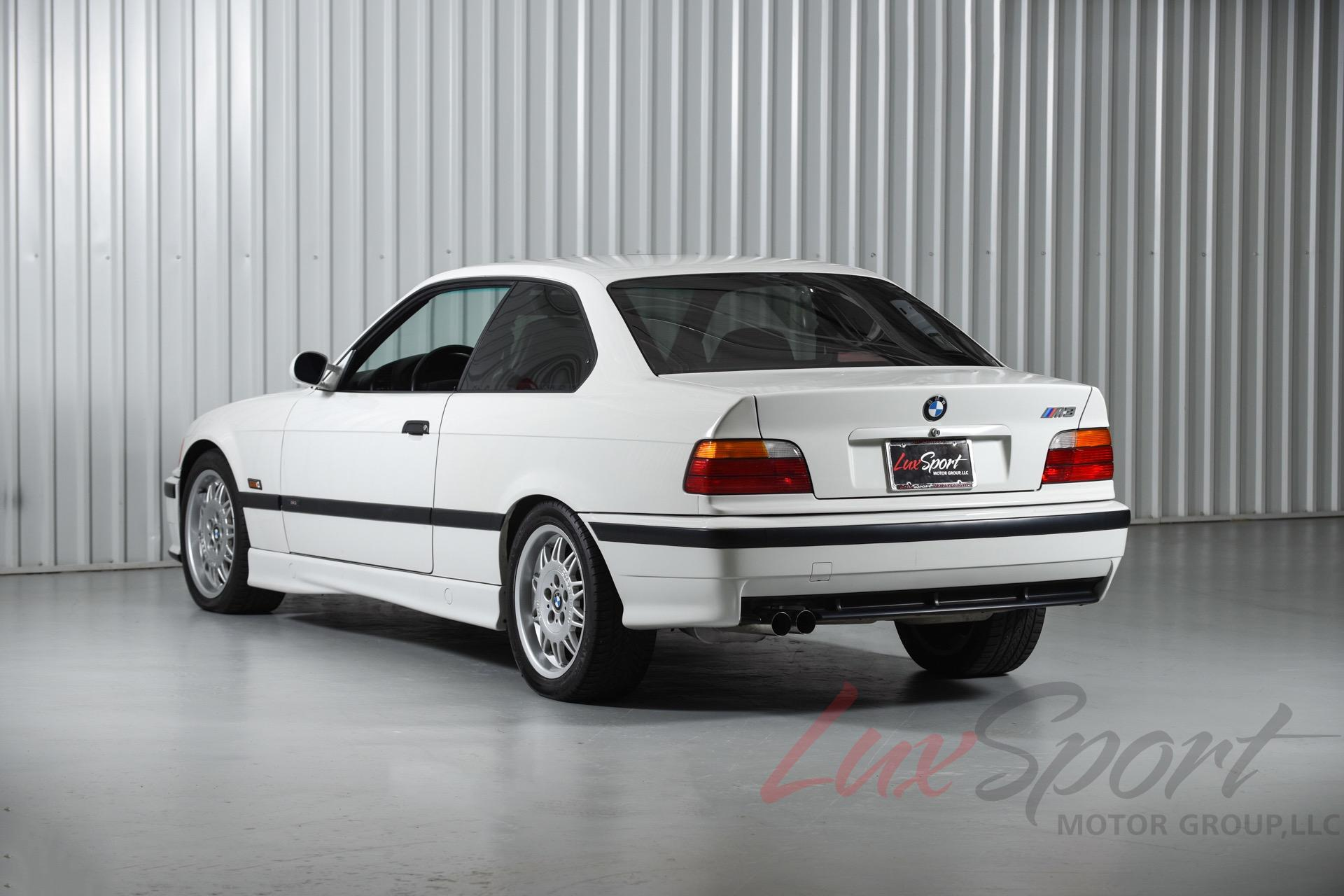 Used 1995 BMW M3 Coupe  | New Hyde Park, NY