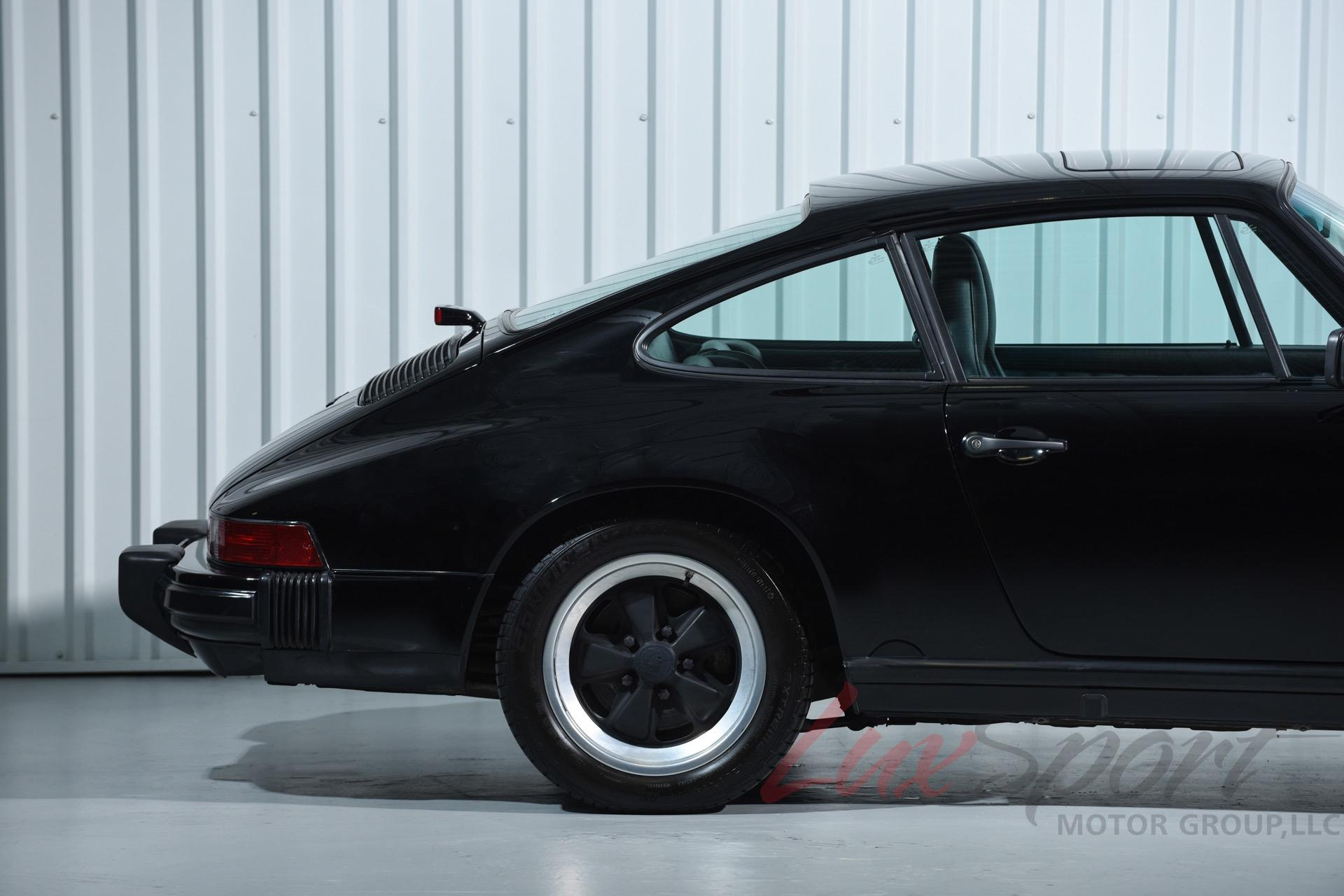 Used 1987 Porsche 911 Carrera Coupe Carrera | New Hyde Park, NY