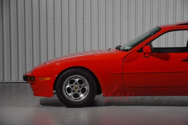 Used 1986 Porsche 944 Coupe  | New Hyde Park, NY