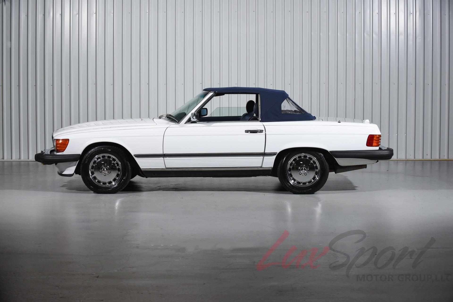 Used 1989 Mercedes-Benz 560SL Roadster  | New Hyde Park, NY