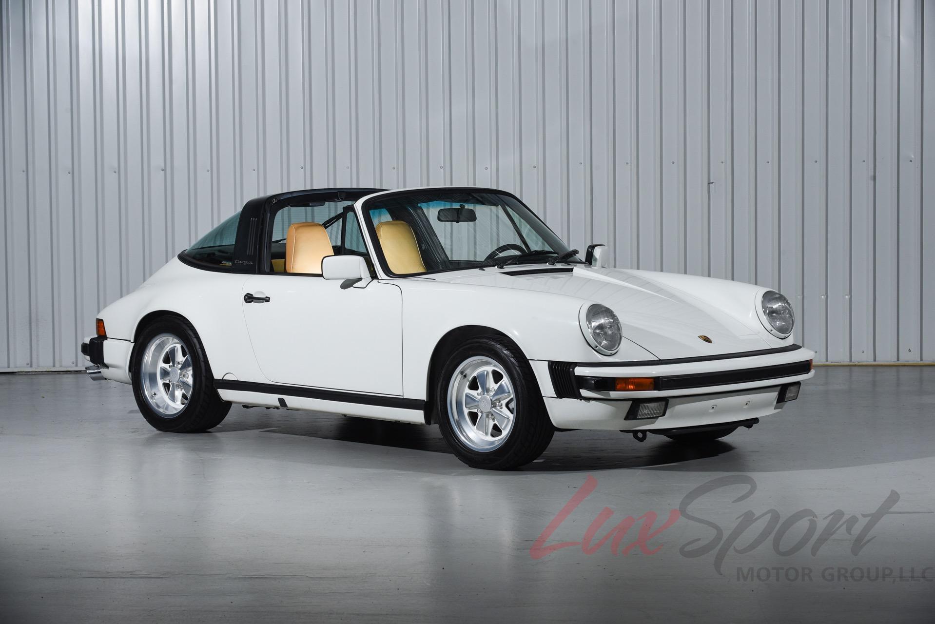 Used 1988 Porsche 911 Carrera Targa  | New Hyde Park, NY