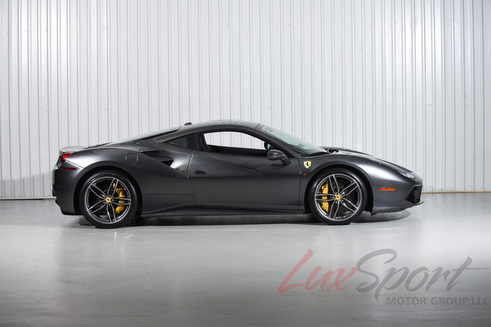 Used 2018 Ferrari 488 GTB Coupe  | New Hyde Park, NY