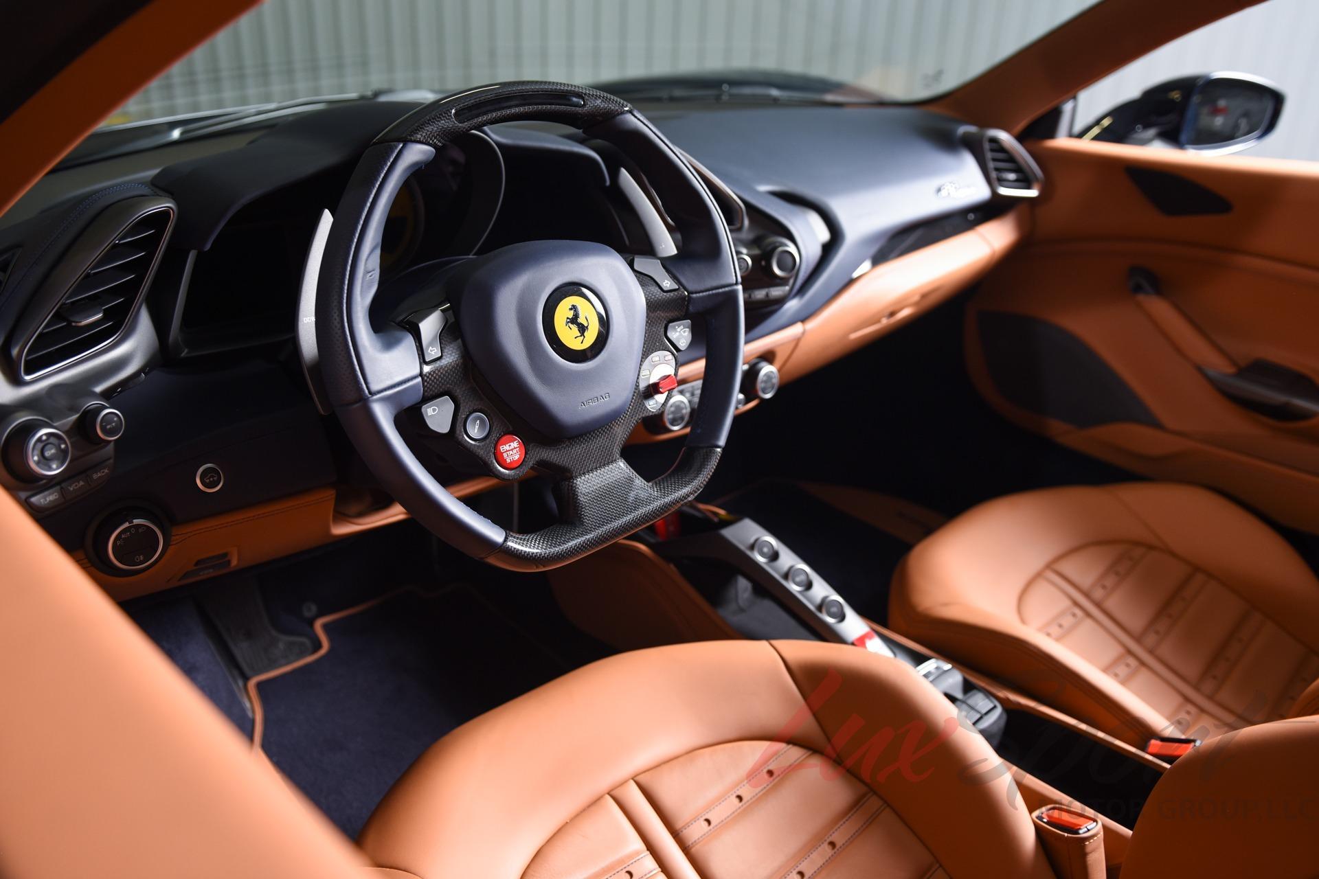 Used 2018 Ferrari 488 Spider  | New Hyde Park, NY