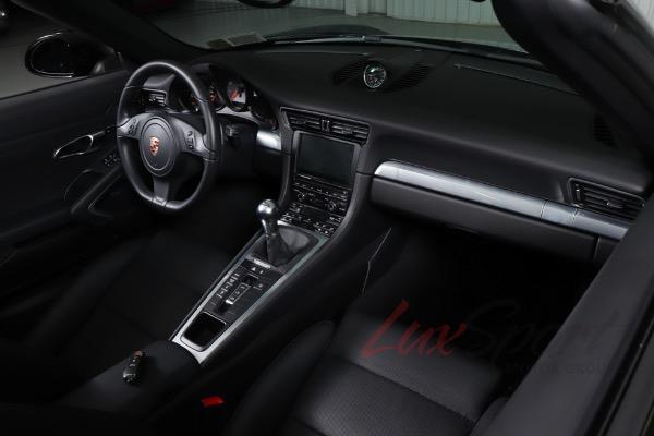 Used 2013 Porsche 911 Carrera S Convertible  | New Hyde Park, NY