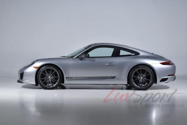 Used 2019 Porsche 911 Carrera T Coupe  | Syosset, NY