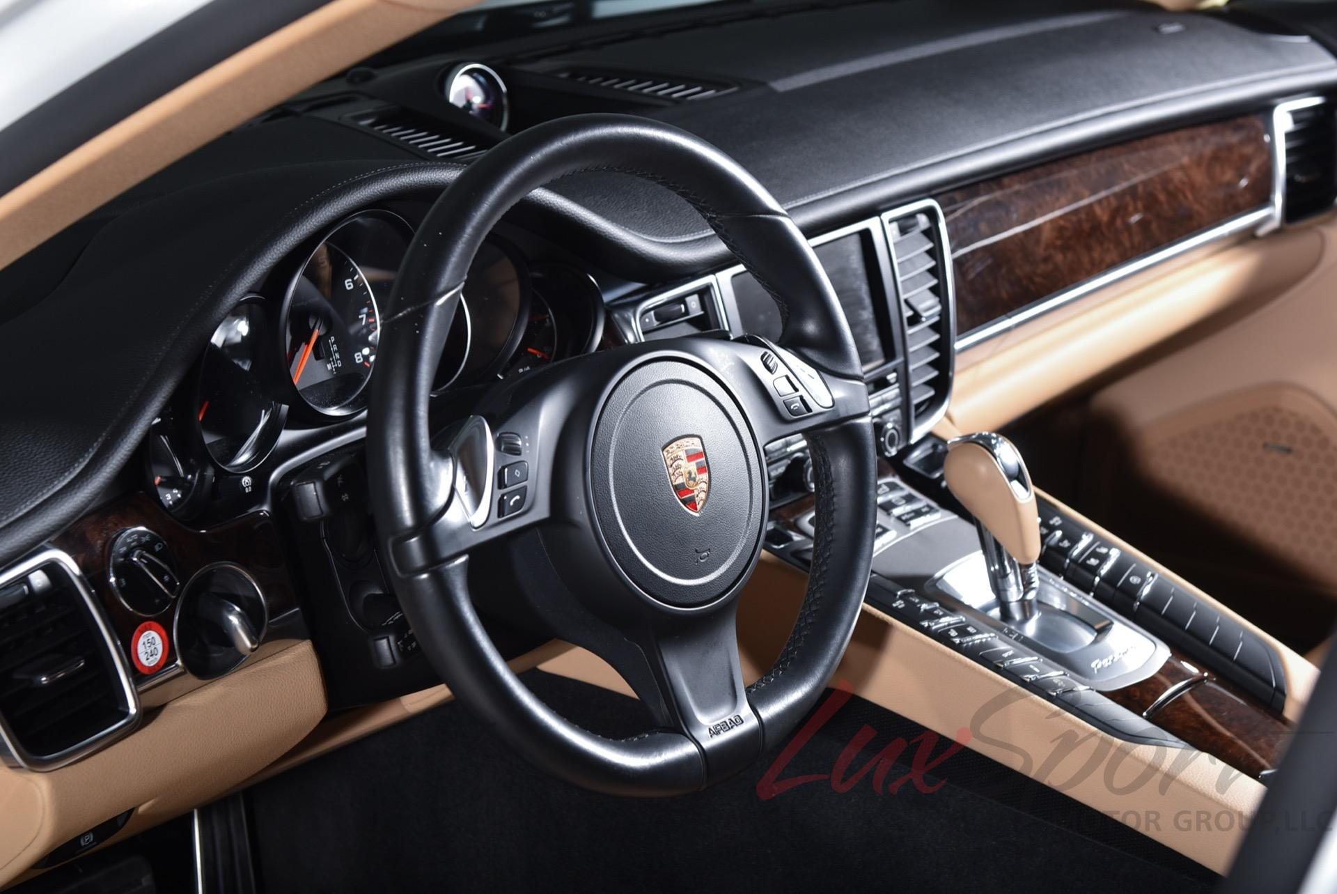 Used 2015 Porsche Panamera 4   Syosset, NY