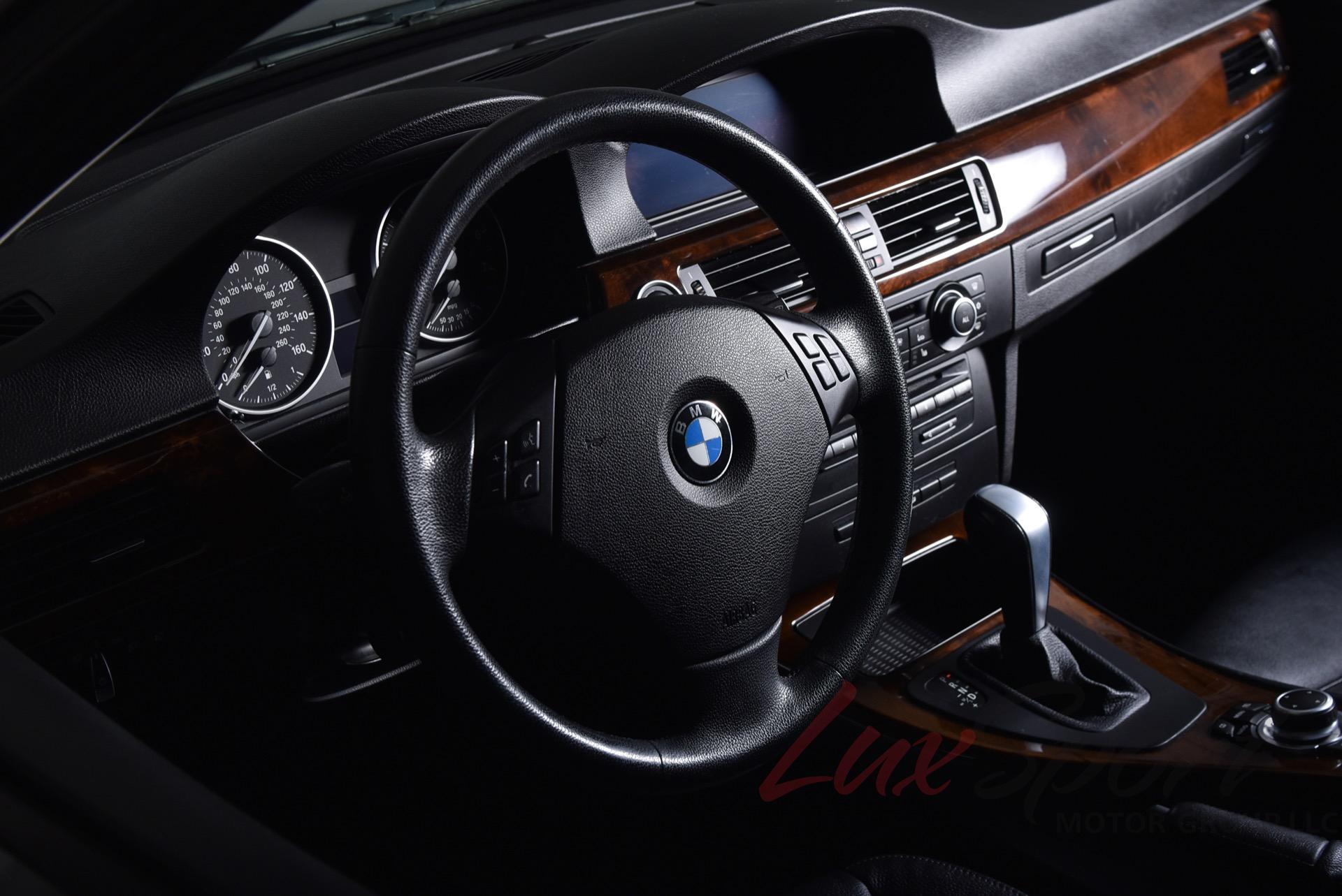 Used 2011 BMW 3 Series 328i xDrive | Syosset, NY