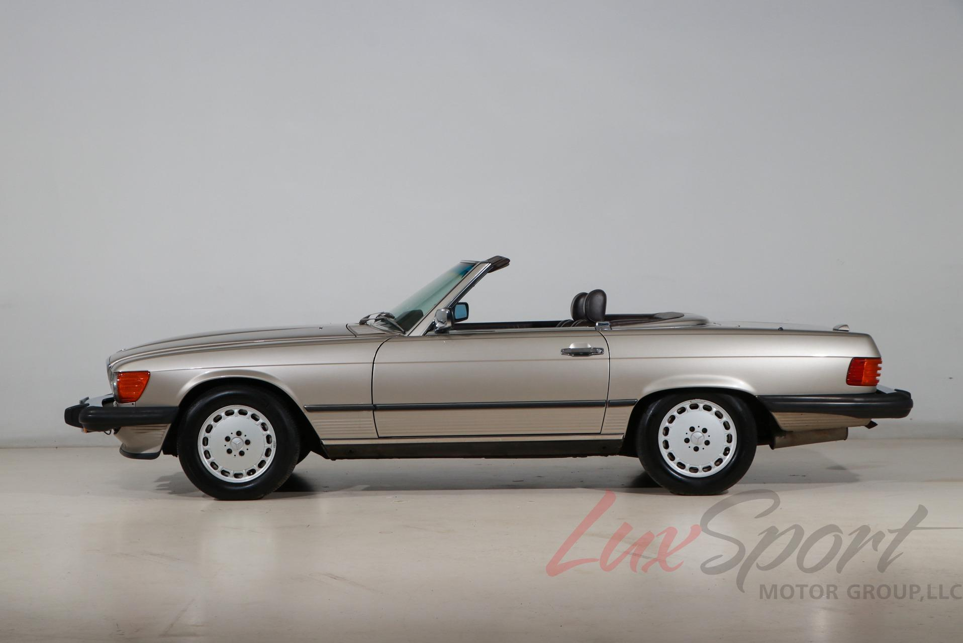 Used 1988 Mercedes-Benz 560-Class 560 SL | Syosset, NY